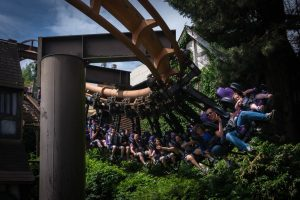 Vampire • Arrow Suspended Coaster • Chessington World of Adventures