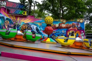 Break Dance • HUSS Break Dance • Drouwenerzand Attractiepark